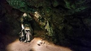 cailleach in cave